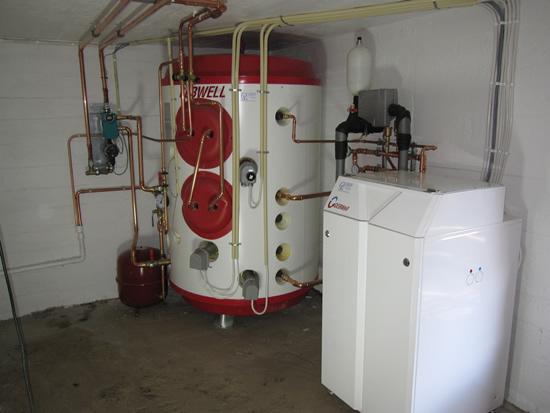 lämminvesivaraajan kytkentä kattilaan